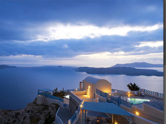Celestia Grand (ex Volcano View VIP Villas)