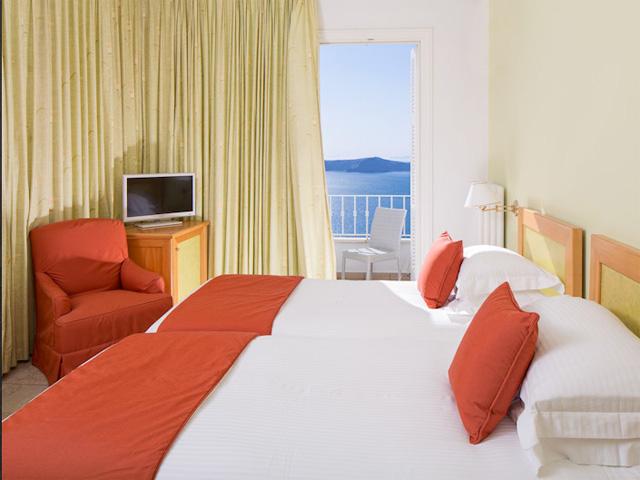 Atlantis Hotel: