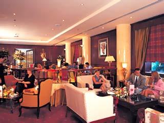 The Metropolitan Deira Hotel: Hall