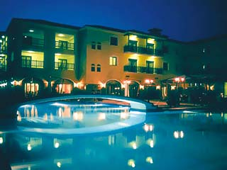 Du lac Hotel & Congress Center: Swimming Pool