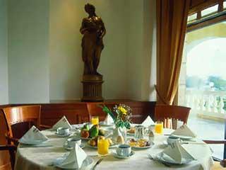 Du lac Hotel & Congress Center: Restaurant