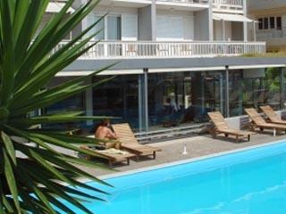 Palace Hotel Glyfada - Swimming Pool