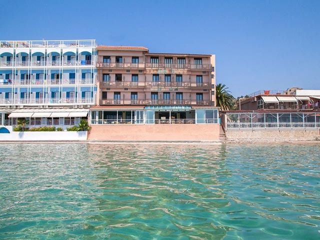 Flisvos Hotel -