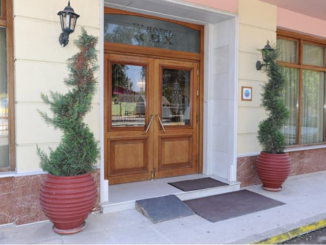Rex Hotel -