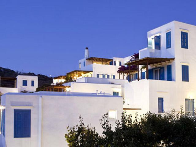 Alexandros Hotel -