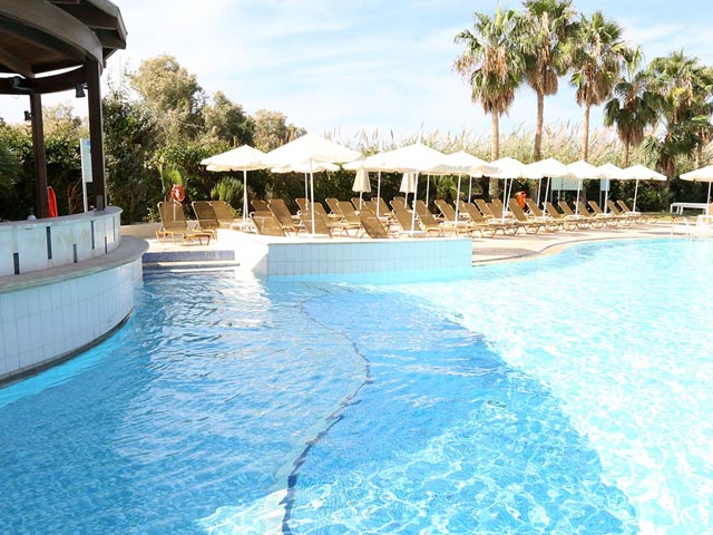 Book now : Minos Mare Hotel
