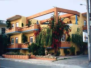 Aris Apartments