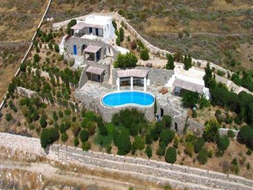 Agnanti Villa