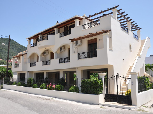 Ilias Apartments