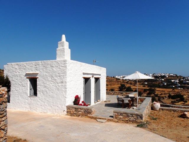 Ta Petrina Houses