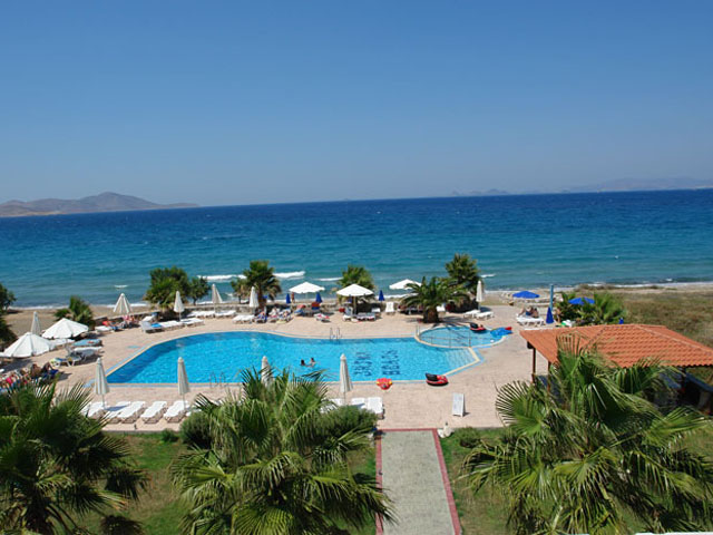 Irina Beach Hotel and Apartments