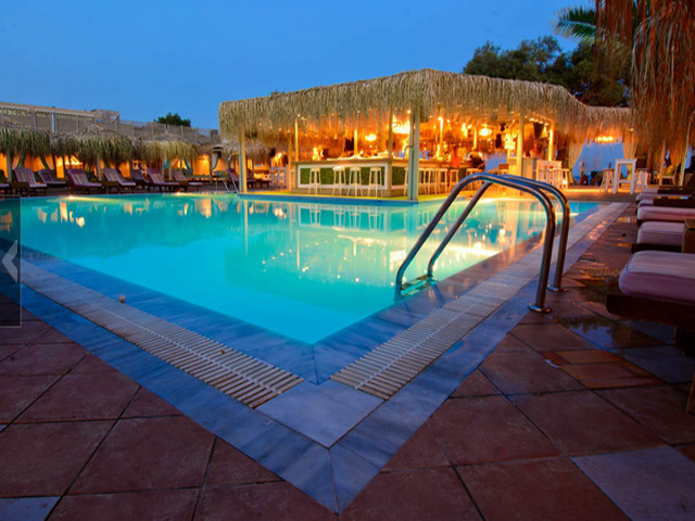 JoJo Beach Hotel