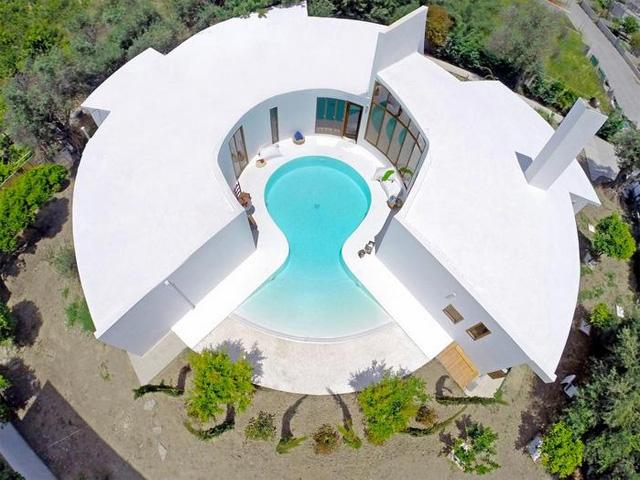 Art Deco Luxury Residence