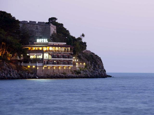 Karalis Beach Hotel