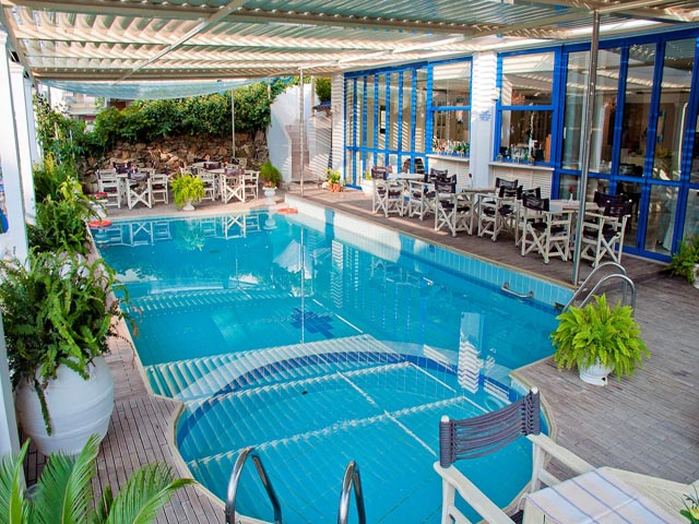 Secret Paradise Hotel