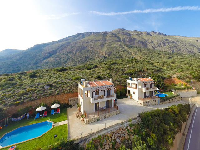 Book now : Villas Panagia