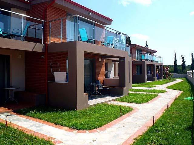 Village Mare Residence