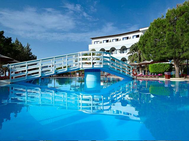 Sunrise Hotel Pefkos