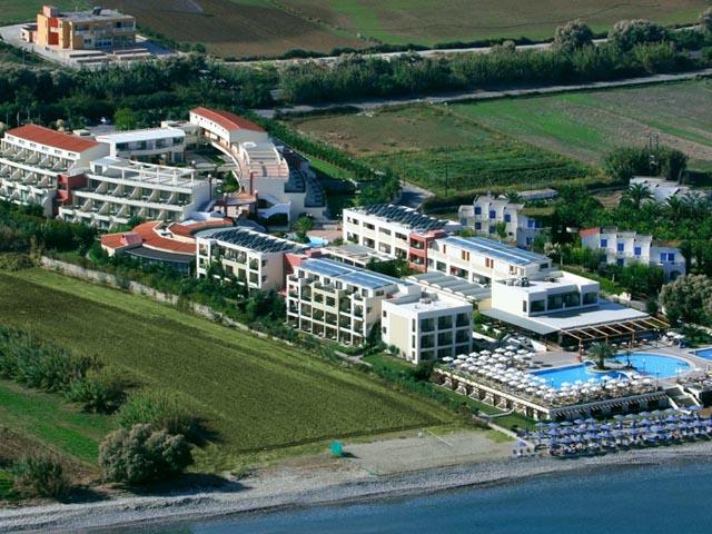 Hydramis Palace Hotel Beach Resort