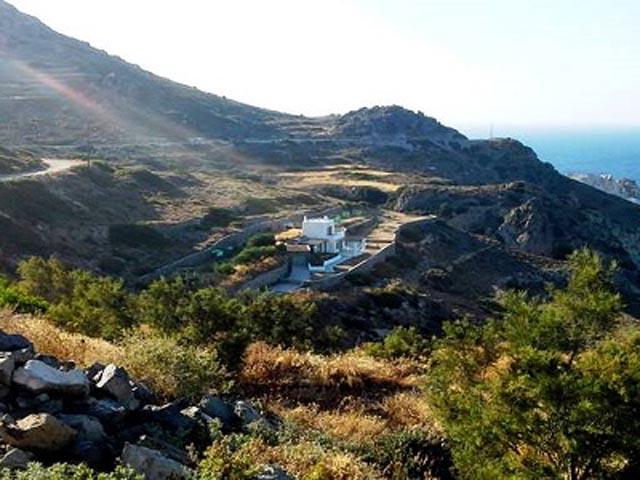 Bravos Hill Residence