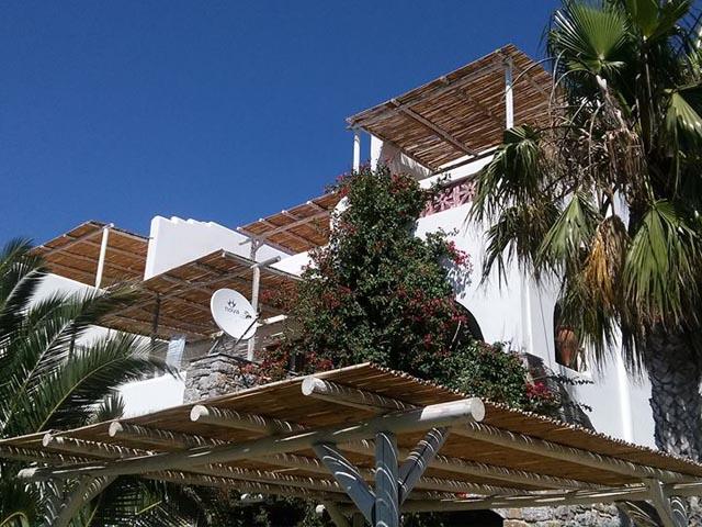 Villa Katapoliani 3