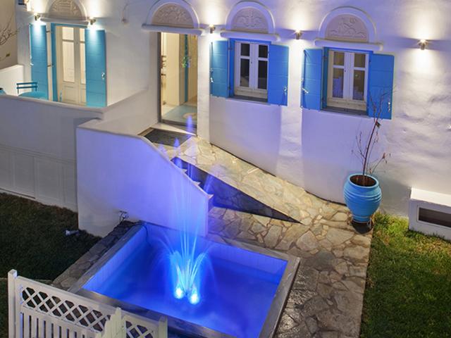 Tinos Aqua Palazzo