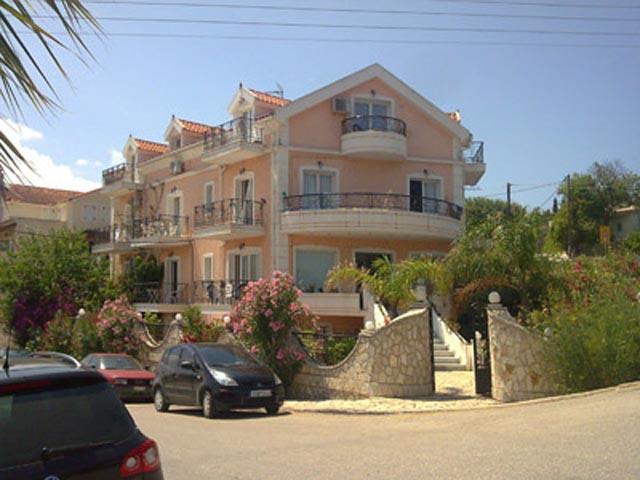 Hellenic Sun Studios and Apartments