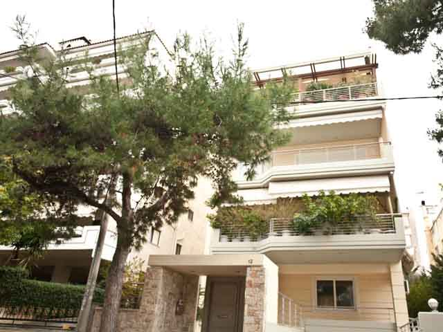 Luxury Apartment in Glyfada