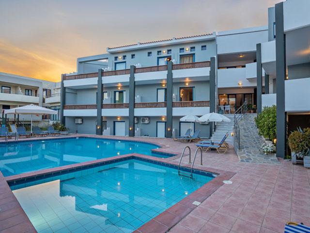 Yacinthos Hotel Apartments