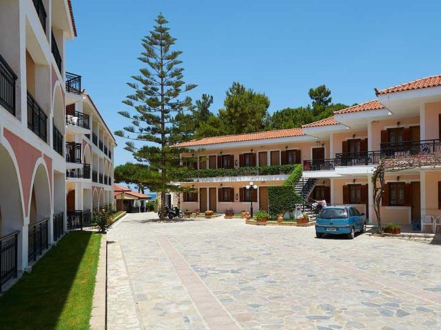 Castello Beach Apart Hotel