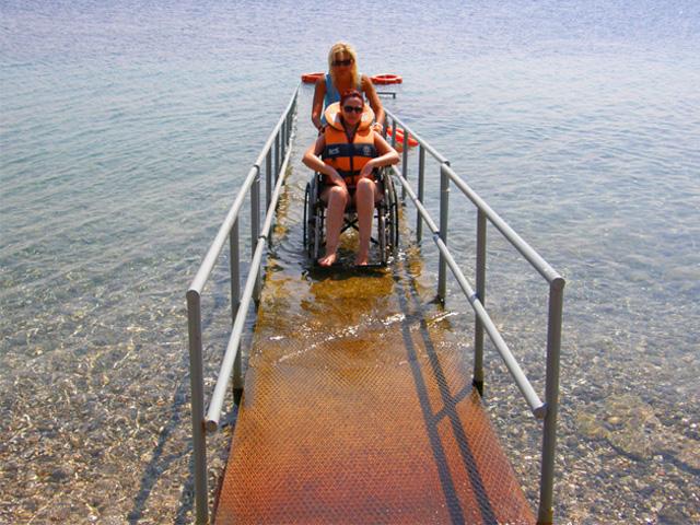 Sirens Resort - Disableds