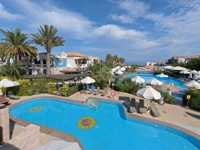 Book now : Aldemar Royal Mare Village
