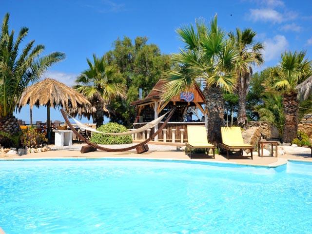 Medusa Beach Resort & Suites