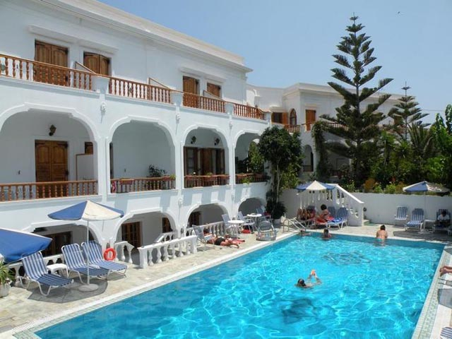 Armonia Hotel Santorini