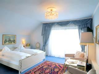 Kobenzl HotelRoom