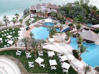 Sheraton Abu Dhabi Hotel & ResortSwimming Pool