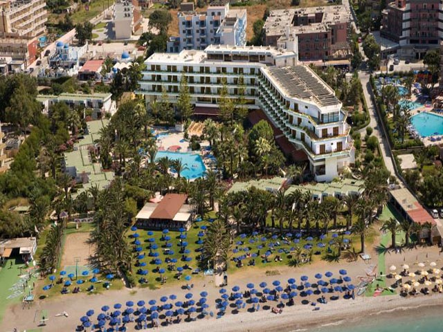Blue Horizon Hotel And Bungalows