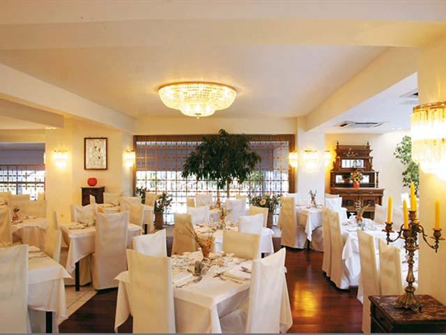 Dionysos Hotel -