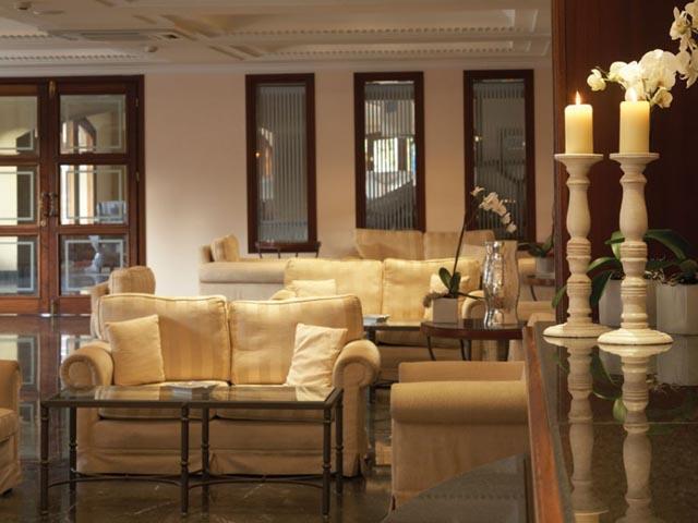 Mitsis Petit Palais Hotel: