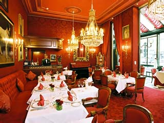 Sacher Wien HotelRote Bar