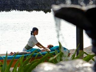 Sheraton Senggigi Beach  ResortVilla Bathroom