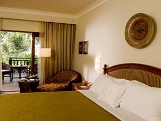 Sheraton Senggigi Beach  ResortVilla twin Bed