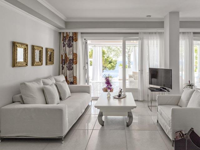 Danai Beach Resort & Villas: