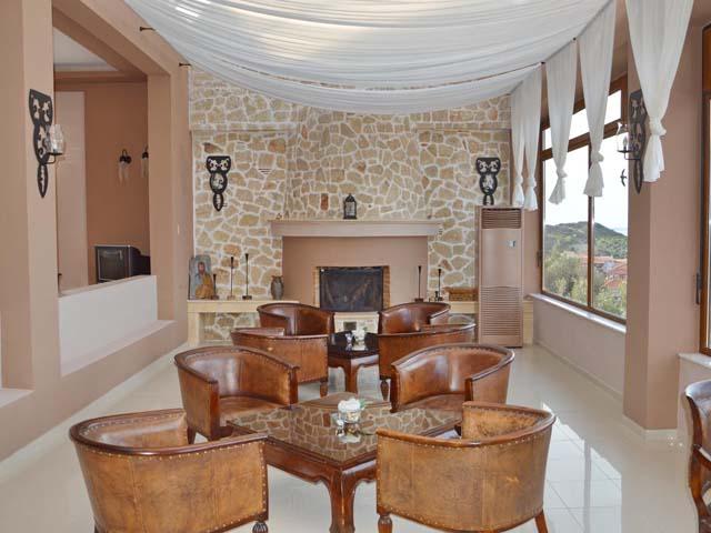 Alia Palace Luxury Hotel and Villas: