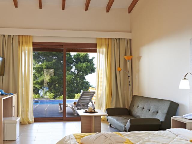Alia Palace Luxury Hotel and Villas