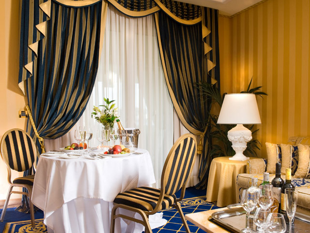 Royal Olympic HotelDining Room