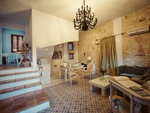 Petrino Suites Hotel: