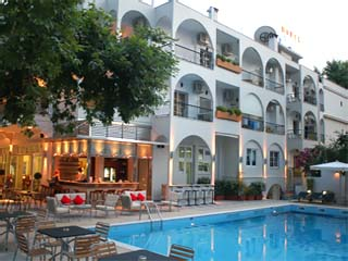 Kronos HotelSwimming Pool