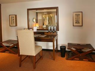 Grecian Park HotelKing's Suite
