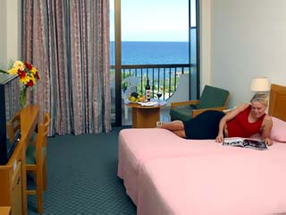 Crystal Springs Beach HotelRoom